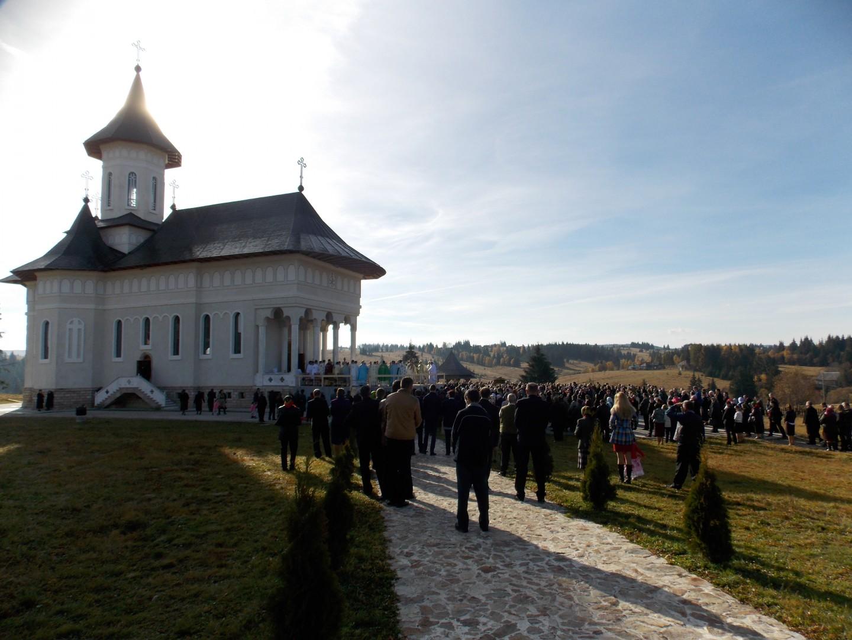 14 octombrie 2019  14 octombrie 2019 (luni), Pelerinaj la Mănăstirea RÂȘCA TRANSILVANĂ – SFÂNTA CUVIOASĂ PARASCHEVA