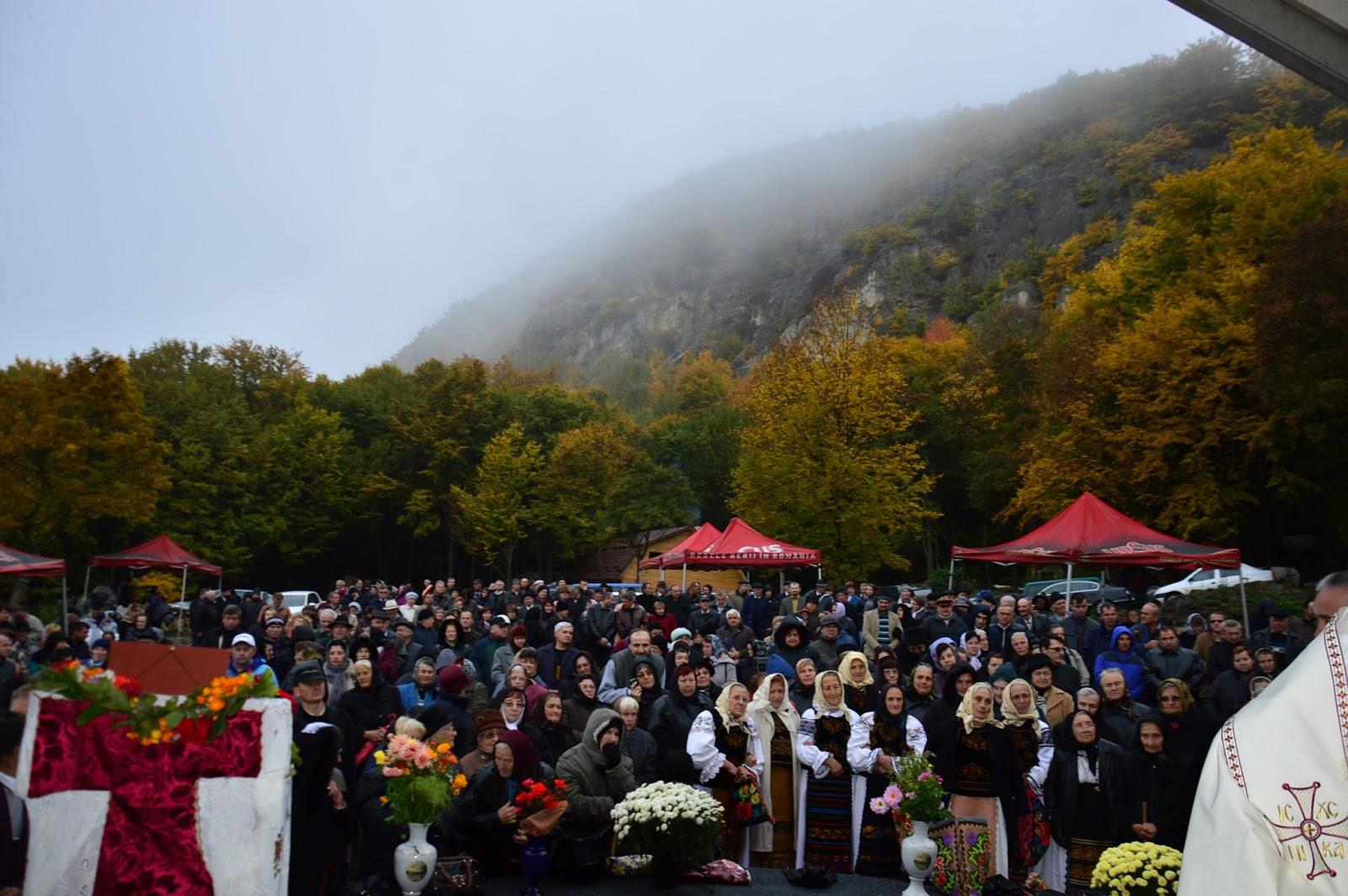 21 OCTOMBRIE 2019(luni), Pelerinaj la Mănăstirea PETRU RAREȘ