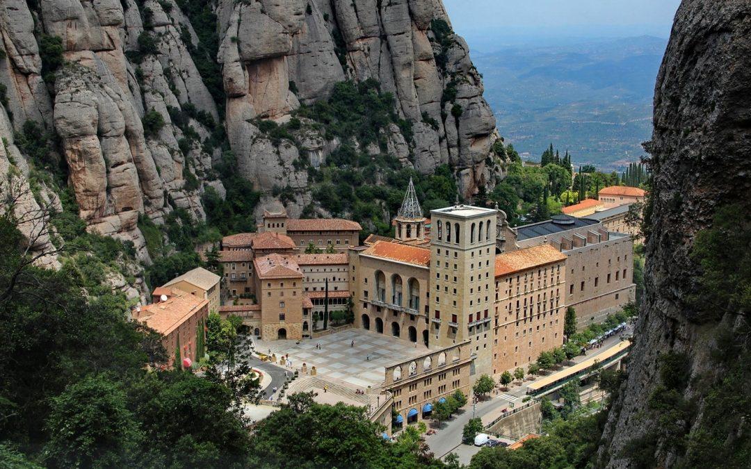 august -  septembrie 2021  AVION din CLUJ-NAPOCA  AUGUST  –  SEPTEMBRIE 2021, PELERINAJ-CIRCUIT- SPANIA(SANTIAGO DE COMPOSTELA)-PORTUGALIA(FATIMA) – FRANȚA(LOURDES) cu avion din Cluj-Napoca la Barcelona